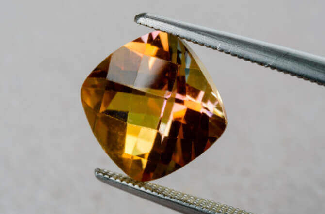 What Are Cushion Cut Stones?