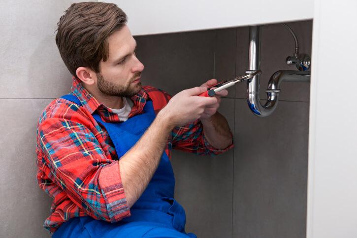 Common Kitchen Sink Plumbing Problems | Enlighten Me