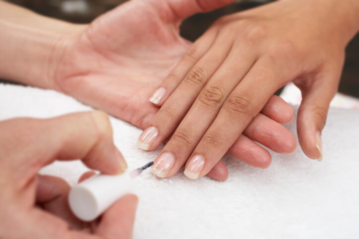 Gel Nails or Acrylic Nails? | Enlighten Me