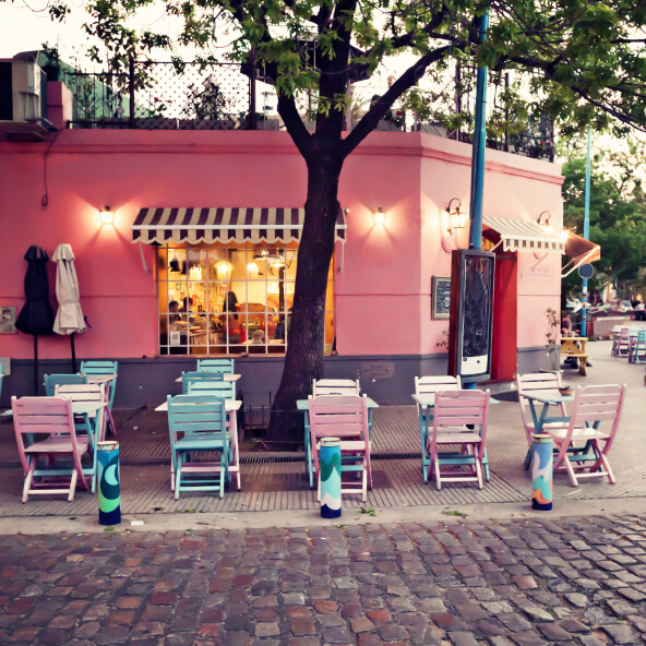 What is a Bistro - cafe?
