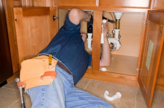 Top 10 Things to Look For in a Plumber