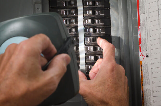 When to Replace Circuit Breakers