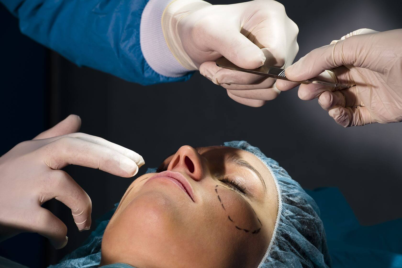 the reasons for the popularity of plastic surgery in recent years essay The growing popularity of plastic surgery: possible causes to begin with, it can be noted that people's obsession with plastic surgery in recent times has show more the dangers of plastic surgery essay.