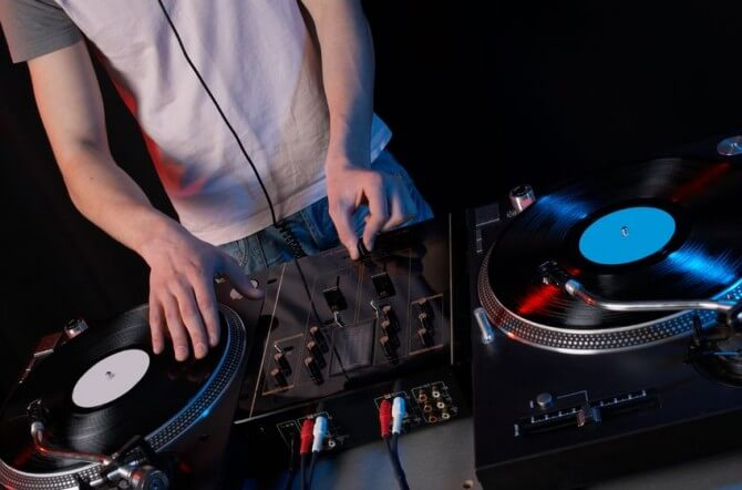 dj with turntable