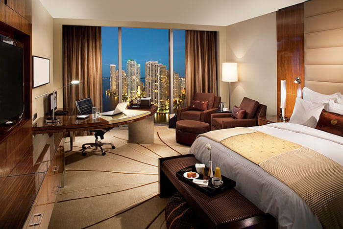 Top 10 Reasons to Stay in a Luxury Hotel | Enlighten Me