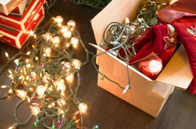 4 Reasons to Hire Christmas Decorating Companies | Enlighten Me