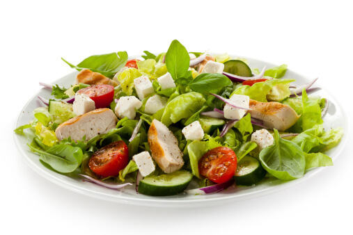 4 Healthy Cooking Tips - Salad with Chicken