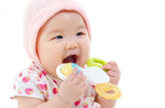 Teething: Facts, Myths, Do's and Don'ts