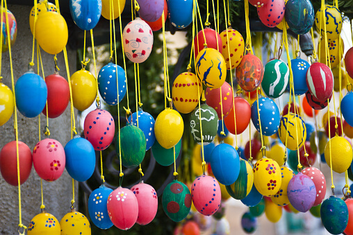10 Traditions to Add an International Flair to Your Easter - German Hanging Easter Eggs