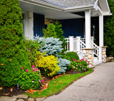 Selling Your Home - 10 Landscape Dos and Don'ts