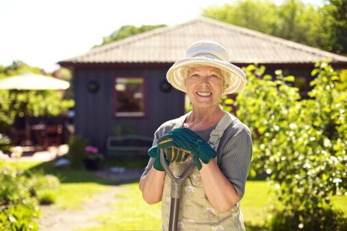 Spring Gardener Checklist