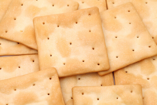 The 3 Foods to Avoid That Make Dry Mouth Worse - Crackers
