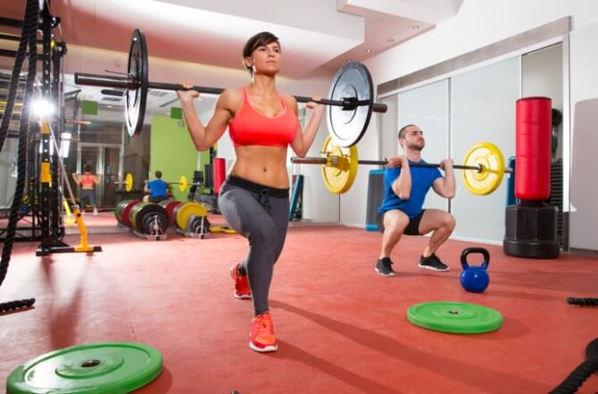 lifting weights crossfit female and male