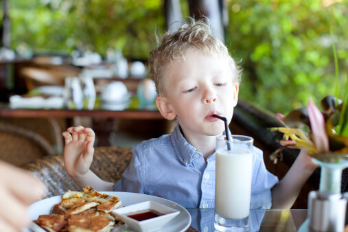 Going Out for Mother's Day? Tips for Getting the Kids to Behave