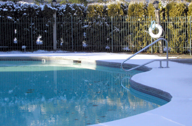 4 Water-Saving Strategies for Swimming Pools