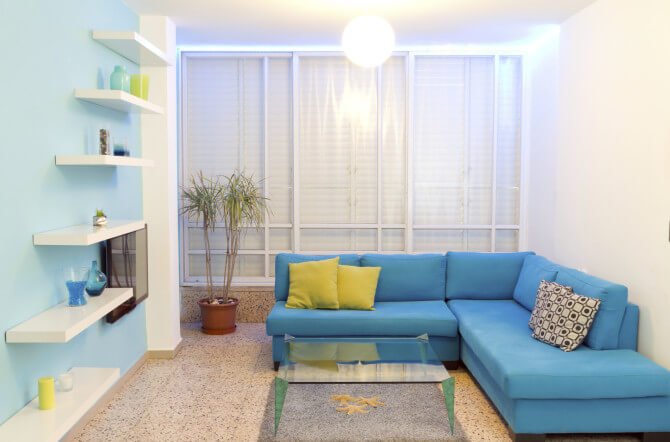 Tips to help you find apartments enlighten me - Sofas modernos para espacios pequenos ...