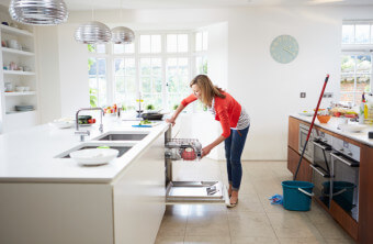 Why Your Dishwasher Keeps Making a Puddly Mess On Your Floor