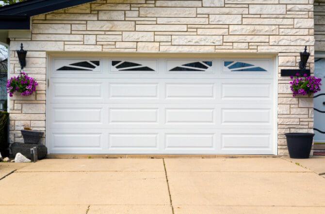 Should Your Next Garage Door Be Metal, Wood, or Fiberglass?