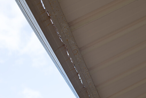 5 Signs that You Need New Gutters