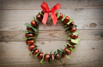 Tired of Wreaths? 9 Fast & Easy Other Ideas